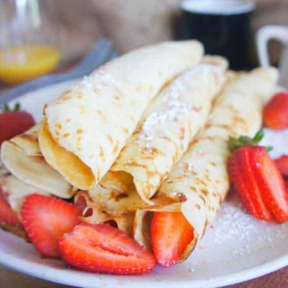 Sweet Caramel Sunday - Strawberry crepes 7
