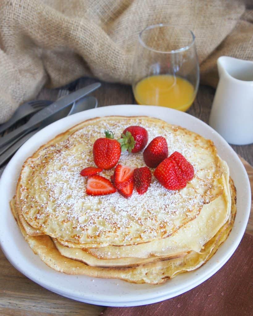 Sweet Caramel Sunday - Strawberry crepes 4
