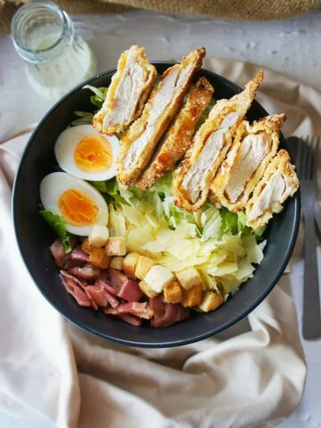 Crispy Chicken Caesar Salad | Sweet Caramel Sunday