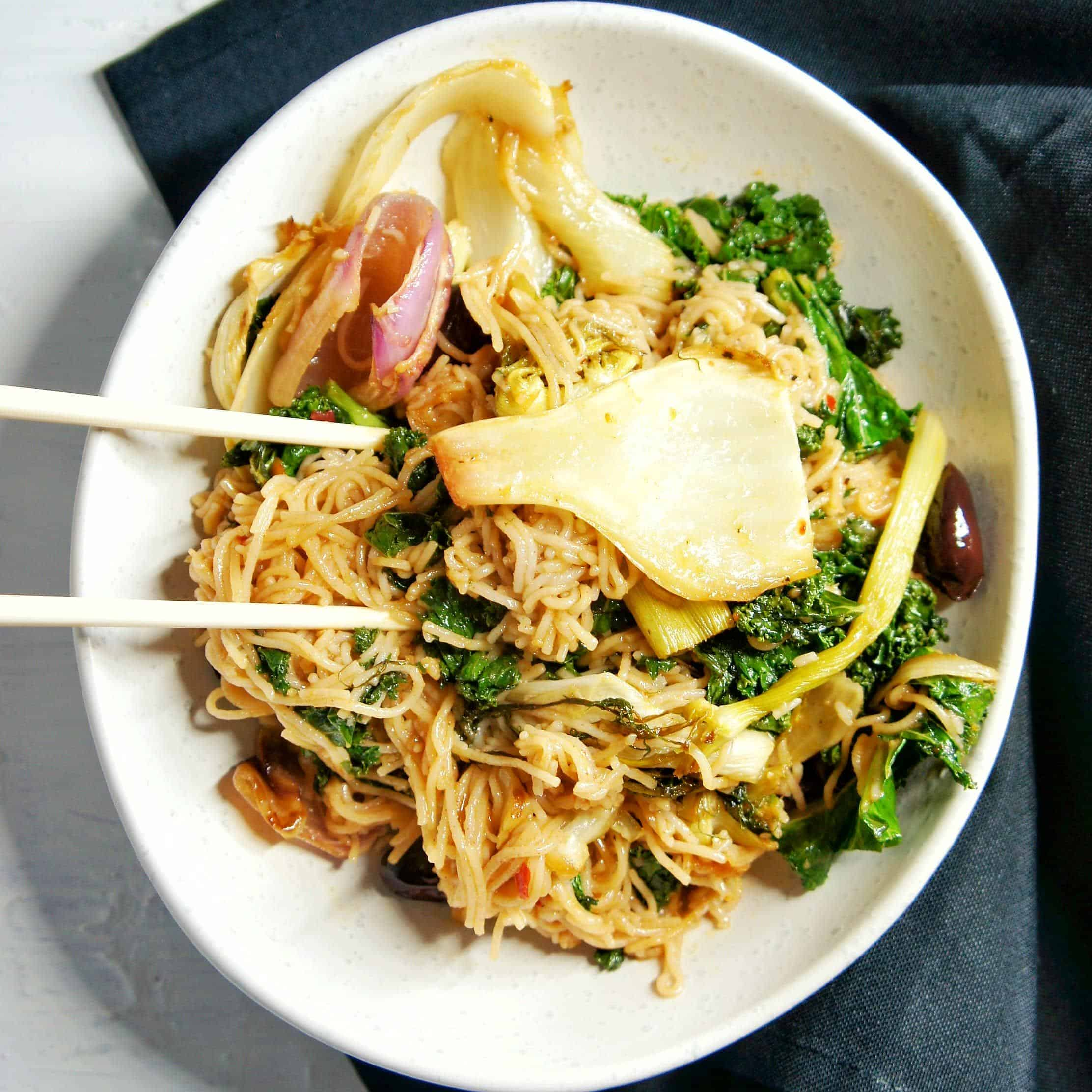 Kale and Fennel Vegan Noodles | Sweet Caramel Sunday