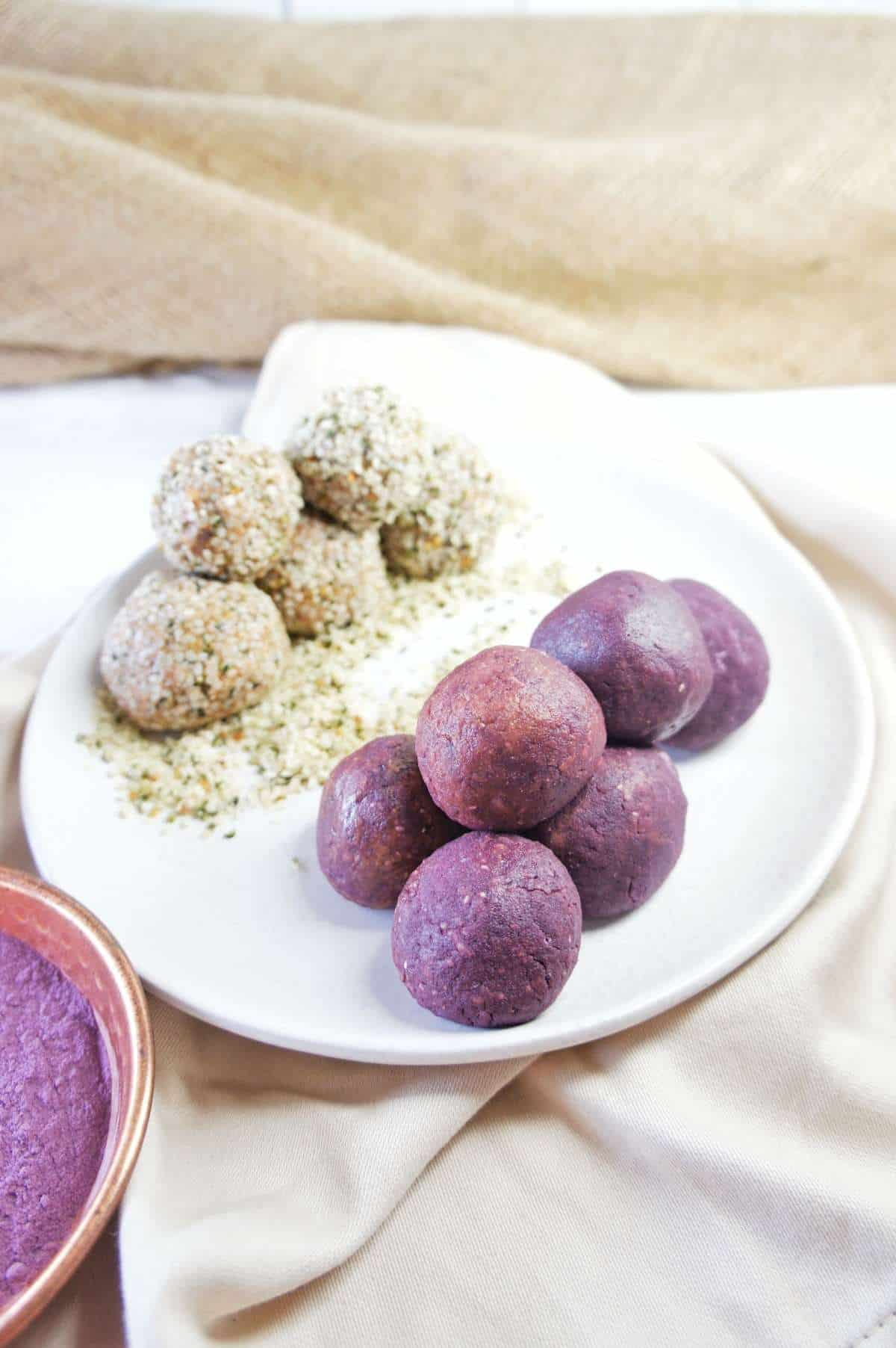 Acai and Hemp Balls 3 | Sweet Caramel Sunday