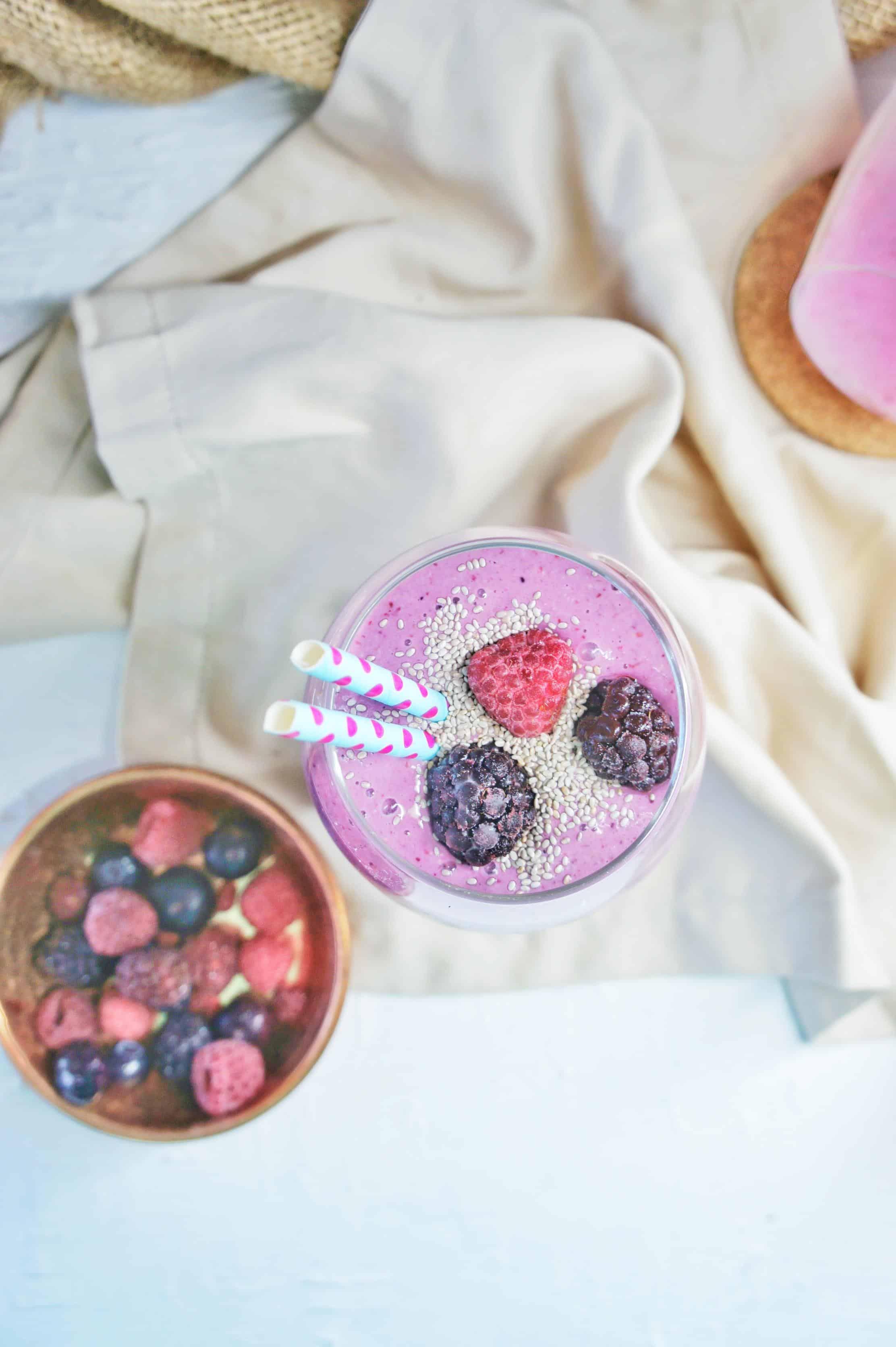 Mixed Berry Oat Smoothie 4 | Sweet Caramel Sunday