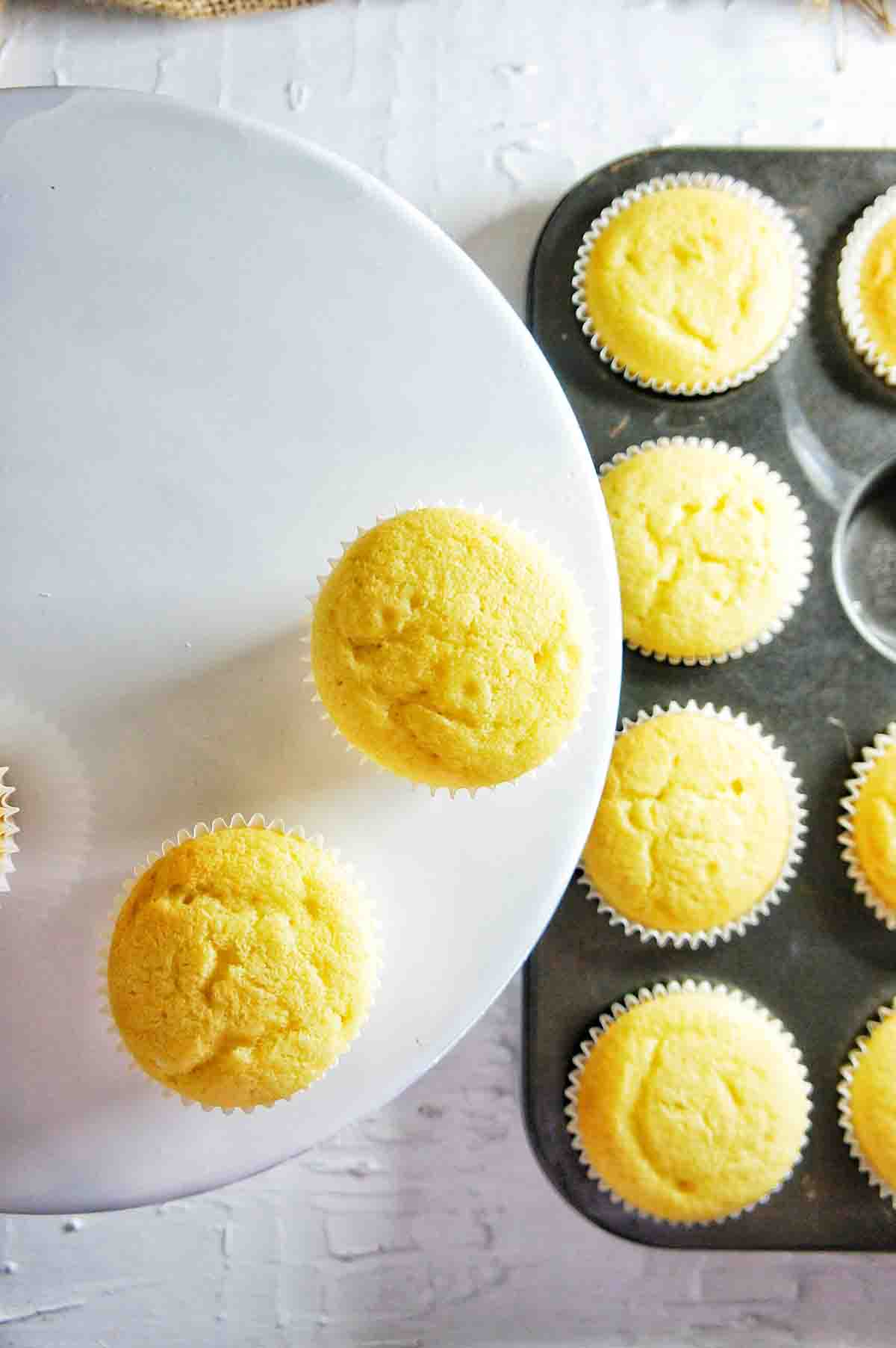 Mistletoe Cupcakes 1 | Sweet Caramel Sunday