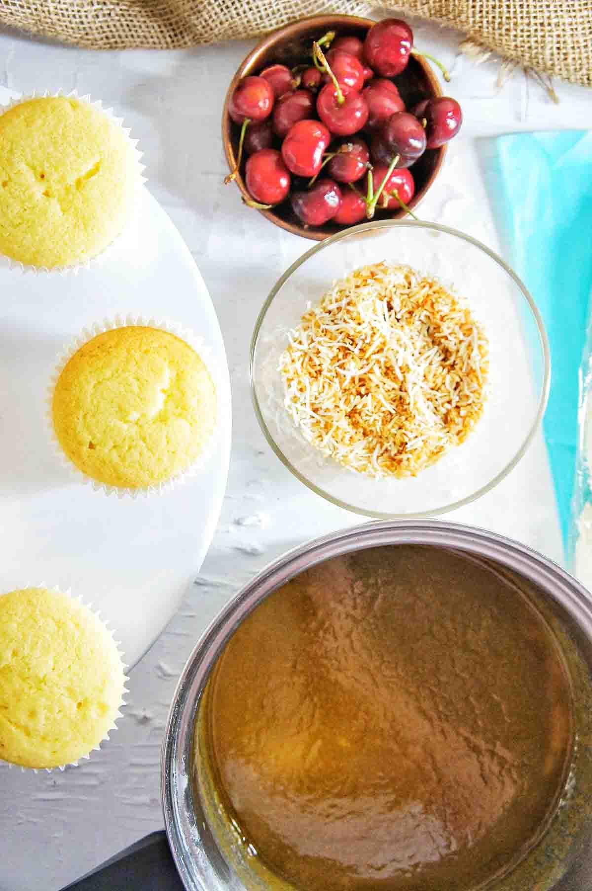 Mistletoe Cupcakes 6 | Sweet Caramel Sunday