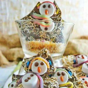 Snowman Chocolate Bark | Sweet Caramel Sunday