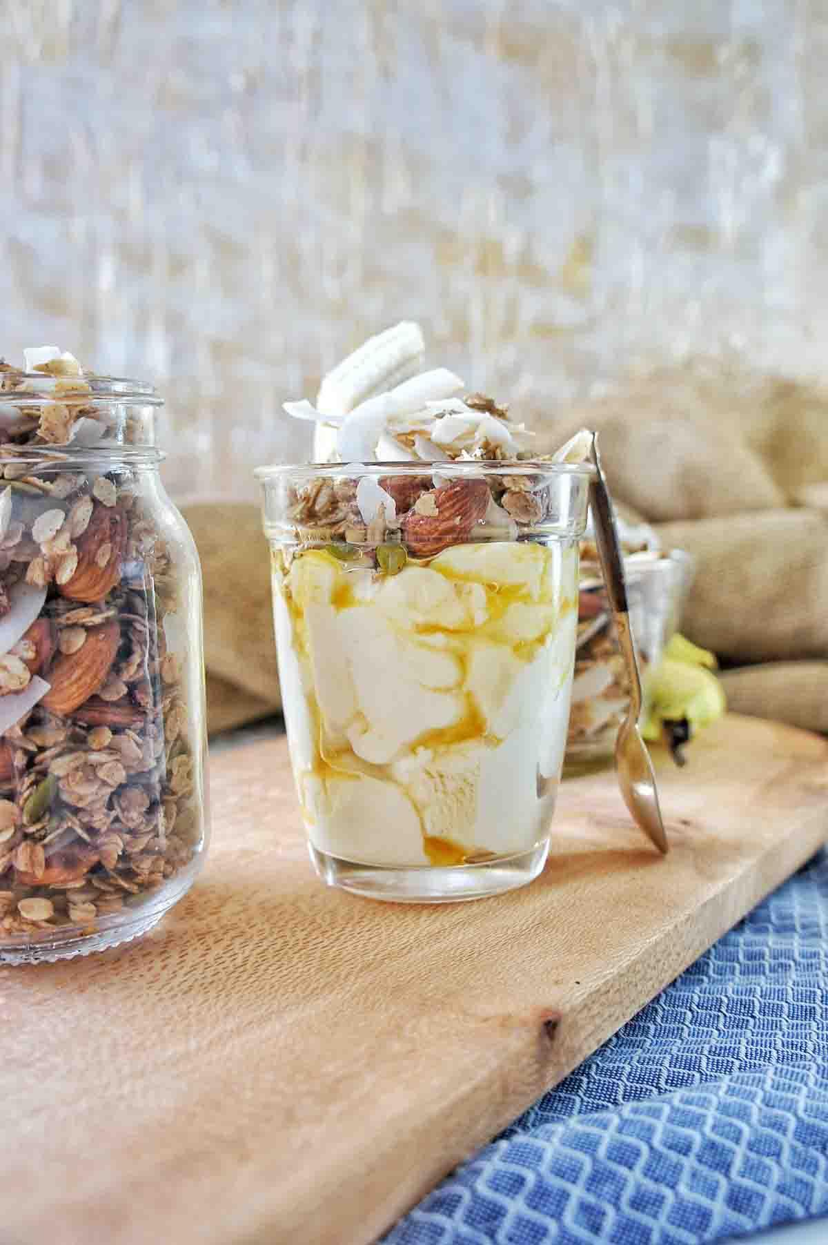 Homemade Coconut Granola 09 | Sweet Caramel Sunday