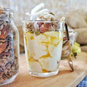 Homemade Coconut Granola 13 | Sweet Caramel Sunday