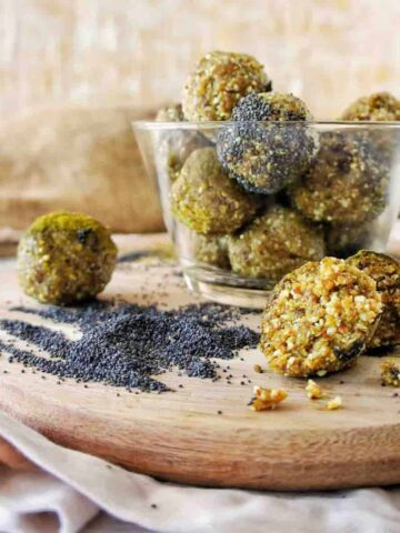 Turmeric Energy Balls 15 | Sweet Caramel Sunday