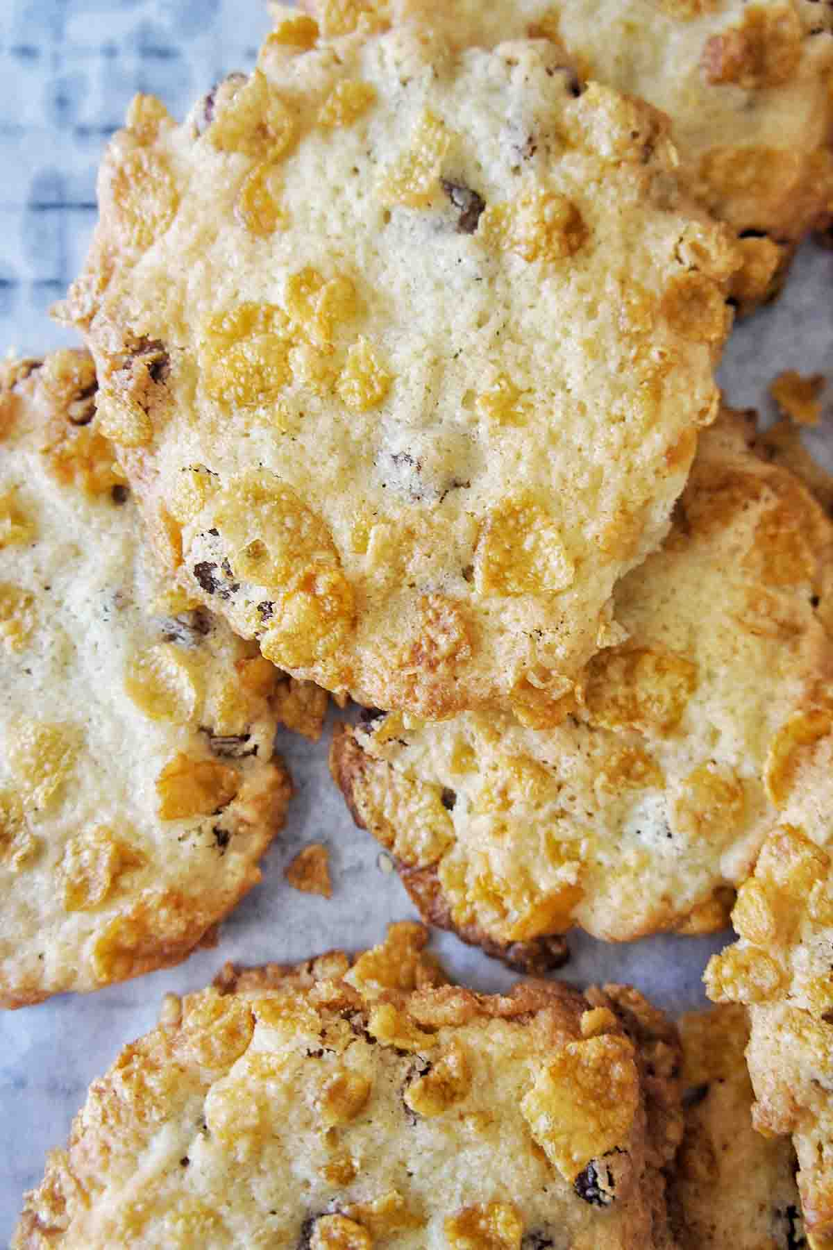 Cornflake Cookies with sultanas on white baking paper