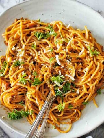Instant Pot Spaghetti Bolognese on a blue plate